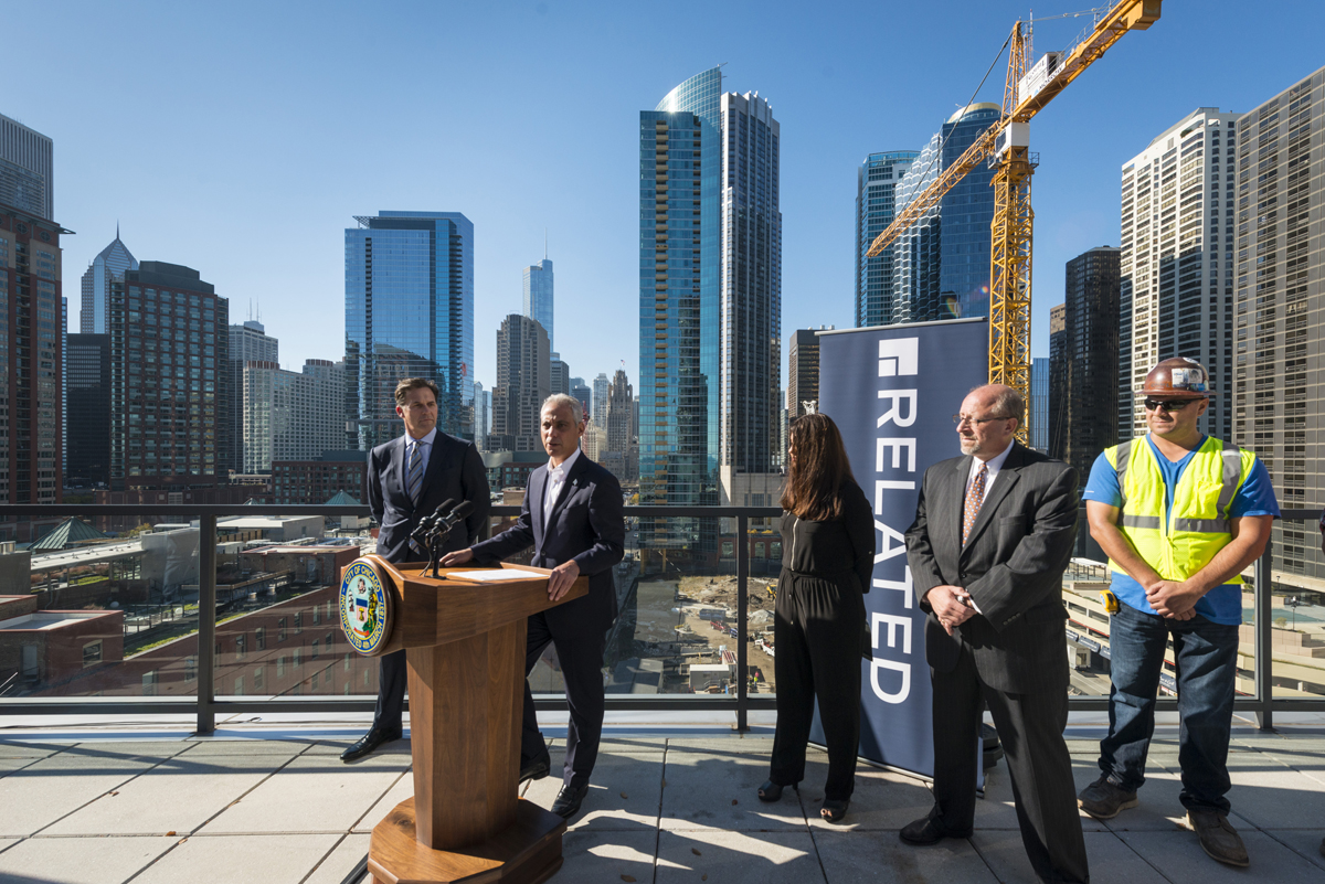One Bennett Park Chicago Floor Plans: Mayor Emanuel And Related Midwest Celebrate Tower Crane